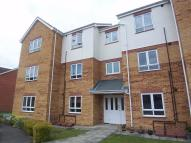 Flat to rent in Heathfield Way...