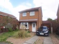 Detached property to rent in Hollinwell Close...