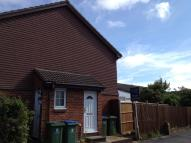 End of Terrace house to rent in Stonecrop Close...