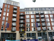 Flat to rent in 86 Northolt Road...