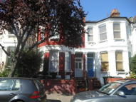 2 bed Ground Flat to rent in Falkland Road, London, N8