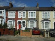 4 bedroom Terraced property to rent in WHITTINGTON ROAD