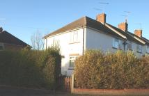 Maisonette to rent in Cherry Avenue, Brentwood...