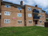 2 bed Ground Flat to rent in Knights Way, Brentwood...
