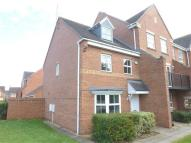 3 bed Town House in Villa Way, Wootton...