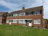 2 bed Ground Flat for sale in Farmclose Road, Wootton...