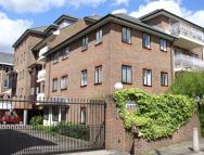 1 bedroom Flat for sale in Upper High Street, Epsom...