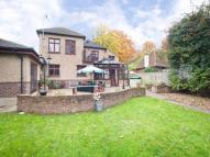 4 bed Detached house for sale in Selsdon, South Croydon...