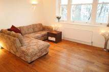 2 bedroom Flat in Wickham Road, Brockley