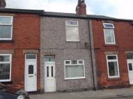 2 bedroom Terraced house in Wadsworth Road, Bramley...