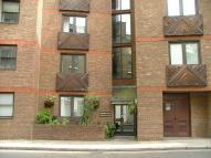Apartment to rent in Aldersgate Court...