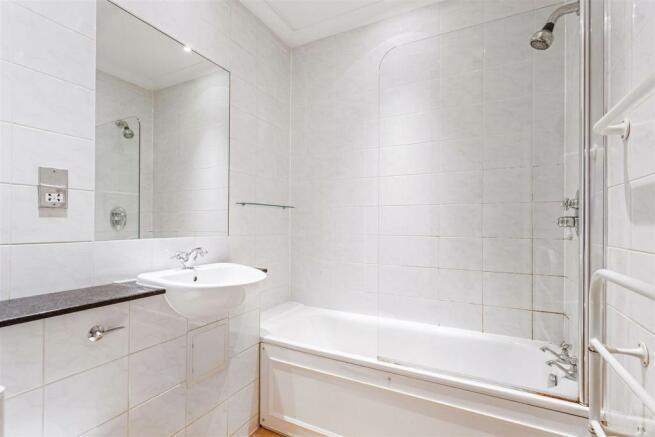 Flat 8, Lambert House fpz199094 (3).jpg