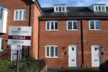 2 bed Ground Maisonette for sale in Old Maltings Approach...