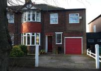 semi detached house to rent in Parkway, Cheadle, SK3
