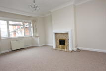 3 bedroom Flat in Imperial Court...