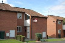 1 bedroom Ground Flat to rent in 72, Hook Farm Road...