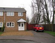 3 bedroom semi detached property in Potters Drive, Hopton...