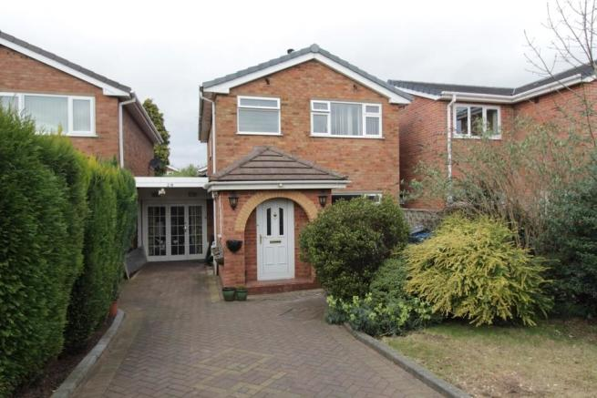 3 bedroom detached house for sale in roman way tamworth b79