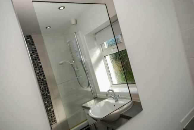 Feature Mirror