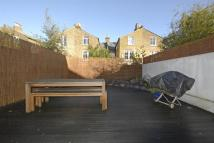 2 bed Flat in Fairmount Road...
