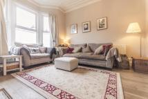 Flat for sale in Thornbury Road, London...