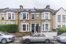 Brading Road Flat to rent