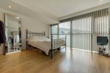 1 bedroom Flat in Valentia Place, Brixton...