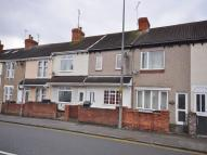 2 bedroom Terraced property in Cricklade Road...