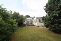 4 bedroom Detached Bungalow in Brookmead, Hildenborough...