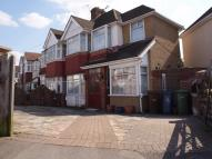 5 bedroom semi detached property in Portland Crescent...