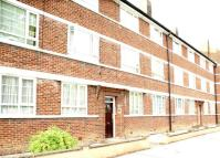 Apartment to rent in Beverley Drive, EDGWARE...