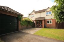 Detached property in Grange Close North...