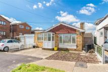 Detached Bungalow to rent in Weel Road, Canvey Island...