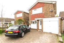 3 bed Detached house in Craven Avenue...