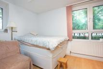 Flat to rent in Mayford House...