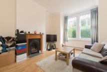 2 bed Maisonette to rent in Jeddo Road, W12