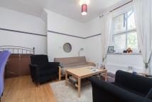 Flat to rent in King Street, W6