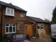 End of Terrace house to rent in Hookstone Way, woodford...