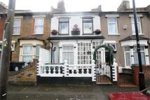 3 bedroom Terraced property to rent in Gloucester Road...
