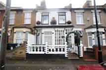 3 bed Terraced property for sale in Gloucester Road...