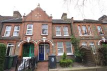 3 bed Flat to rent in Courtenay Road, London