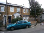 1 bedroom End of Terrace home in Hawthorne Road...