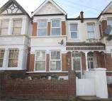 5 bed Terraced house in Ulverston Road...