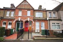 3 bed Flat for sale in Warner Road, Walthamstow...