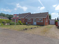 2 bed Semi-Detached Bungalow in Bedford Drive, Kings Lynn