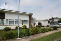 Semi-Detached Bungalow in The Square, Beachlands...