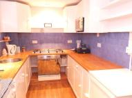 Flat to rent in East Acton Lane...