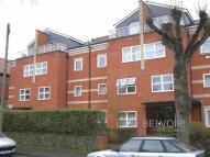 2 bedroom Flat to rent in Gresham Court...