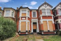 4 bed Terraced property in Courtland Avenue, ILFORD...