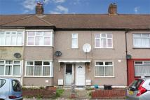Ground Flat for sale in Mortlake Road, Ilford...
